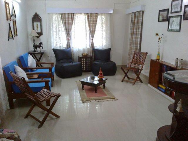 Living Room/ Hall