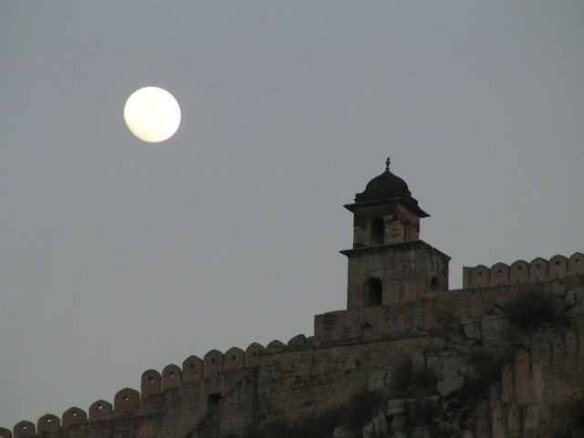 Fort wall at Amer Fort, Jaipur with a early full moon